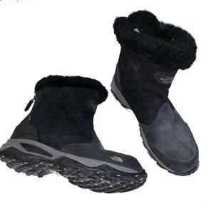 North Face Lace Up Primaloft Suede Fur Snow Boots